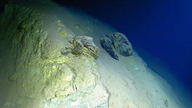 Mariana Trench: Deep ocean trenches occur where Earth's tectonic plates meet