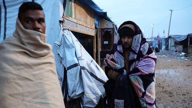 """""""Nous n'attendons rien de la France"""", a déclaré un migrant vivant à Calais."""