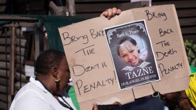 """Affiche disant """"Ramenez à la peine de mort""""."""