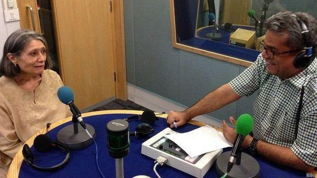 बीबीसी स्टूडियो में रेहान फ़ज़ल के साथ हरमाला गुप्ता.
