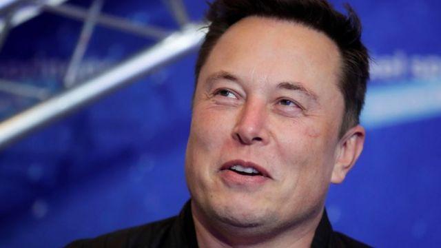 Elon Musk est fondateur de SpaceX et directeur de Tesla