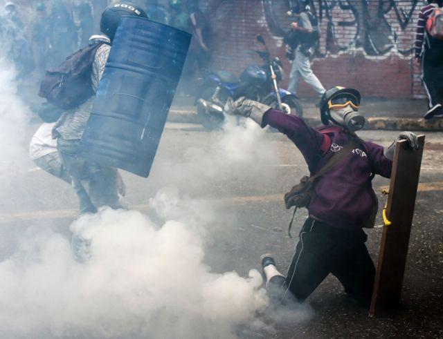 Las protestas se han tornado violentas en varios puntos del país.
