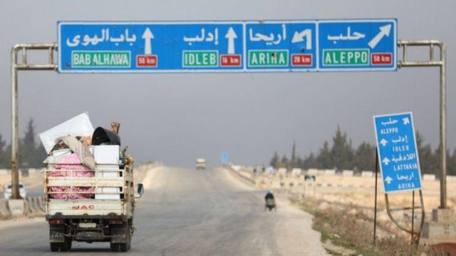 نازحو ن من ريف إدلب باتجاه حلب