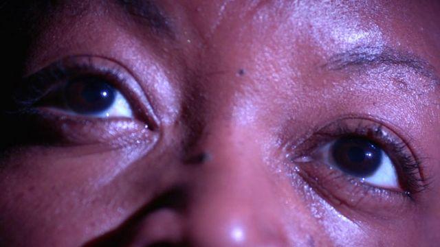 Olhos de 'Vicky'