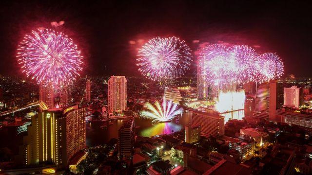 พลุปีใหม่กรุงเทพฯ