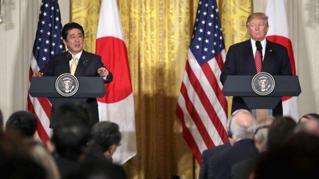 日本首相安倍晉三在白宮首次舉行高峰會