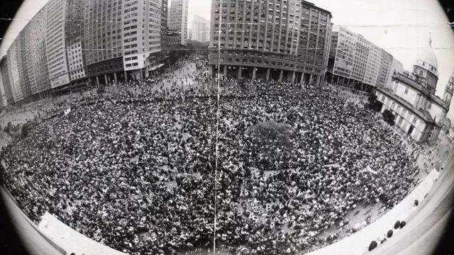 A manifestação histórica no Centro do Rio que ficou conhecida como a Passeata dos Cem Mil, em junho de 1968