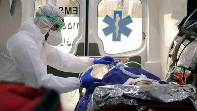 ইরানের একটি হাসপাতালে করোনাভাইরাসে আক্রান্তের চিকিতসা চলছে