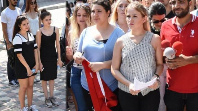 ÖSYM önünde eylem yapan öğrenciler