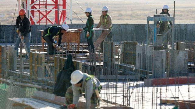 (캡션) 울란바토르의 북한 노동자. 블라디보스토크에도 북한 노동자가 상당수 있다
