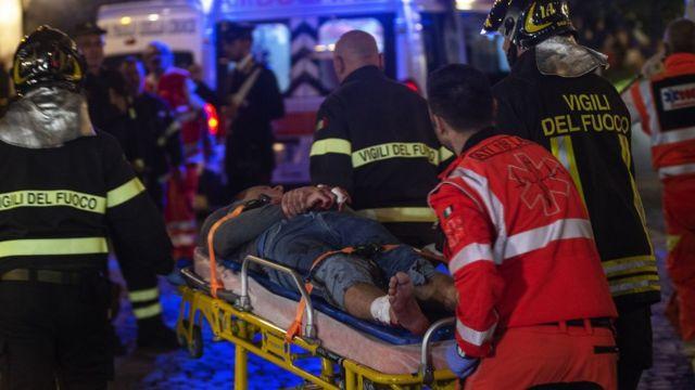 эвакуация пострадавших в Риме