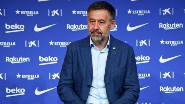 جماهير برشلونة دشنت حملة لإزاحة بارتوميو من منصبه فاستبق إقالته بالاستقالة