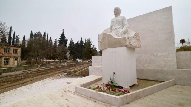 Памятник Гарегину Нжде