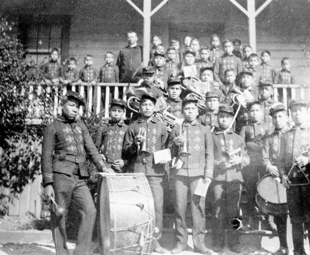 Studenti della Cooper Island Industrial School