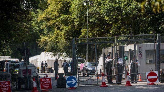 عُززت الإجراءات الأمنية قرب مقر إقامة ترامب في السفارة الأمريكية في لندن