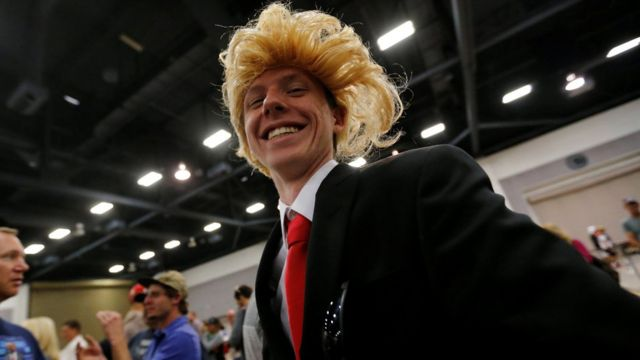 Trump supporter in wig at Albuquerque rally on 24 May 2016