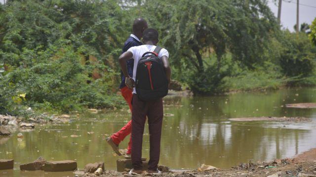 Le Niger est un pays pauvre de 17 millions d'habitants.