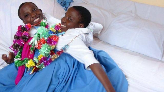 Consolata y María BBC Swahili