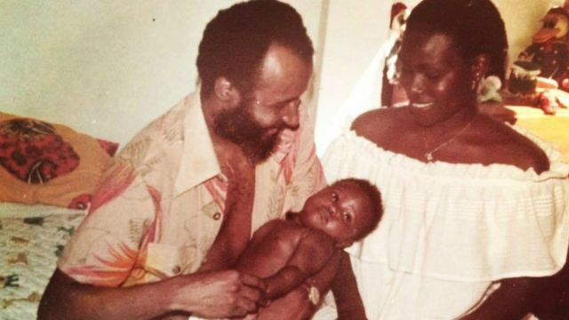 Sabrina ainda bebê com os pais, Ubirajara e Alzira Fidalgo