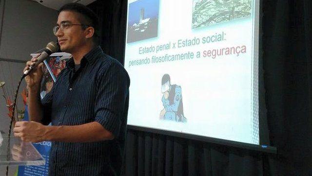 Anderson Duarte é tenente e criou o site Policial Pensador