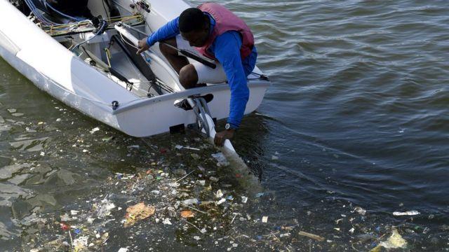 contaminación de la bahía