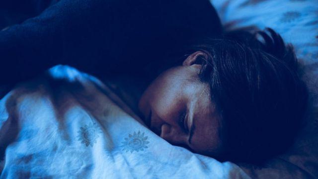 Mulher deitada