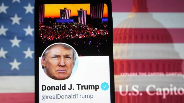 """Twitter suspende a Trump permanentemente por el """"riesgo de mayor incitación  a la violencia"""" - BBC News Mundo"""