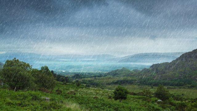 Пейзаж под дождем