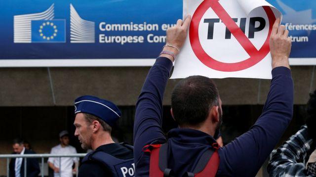 Пикет против TTIP