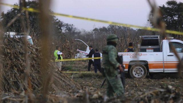 Investigators at Mexico helicopter crash scene - 24 December 2018