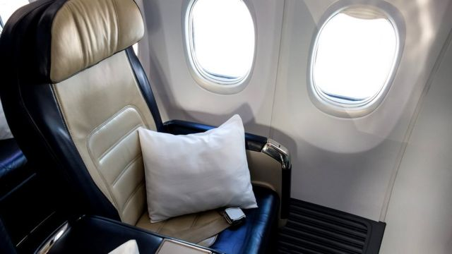 В бизнес-классе более широкие и мягкие кресла