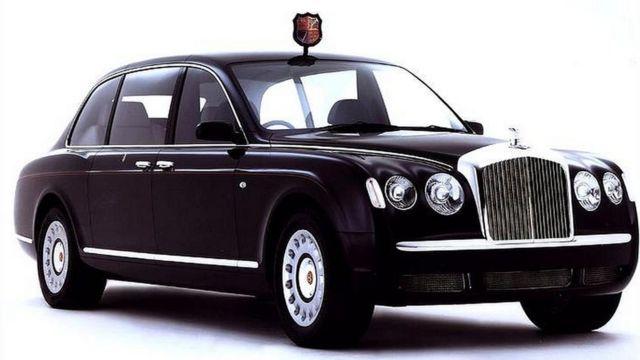 السيارة ليموزين بينتلي