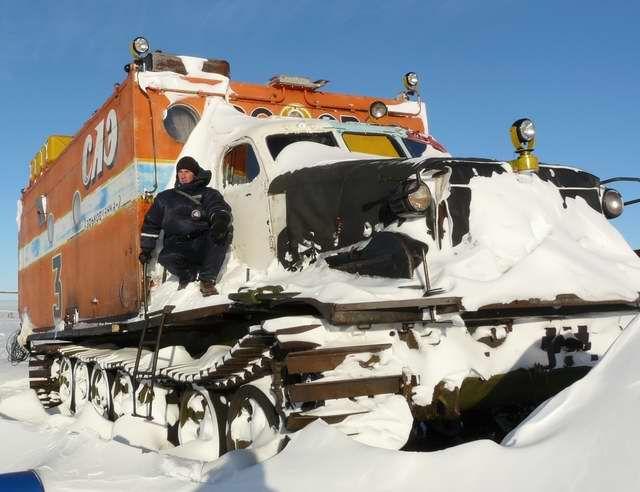 """Антарктичний всюдихід """"Харьковчанка-2"""", створений на базі артилерійського тягача АТ-Т"""
