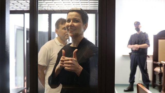 Мария Колесникова и ее соратник, юрист Максим Знак