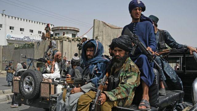 Chiến binh Taliban ở Kabul, hình chụp ngày 11/9