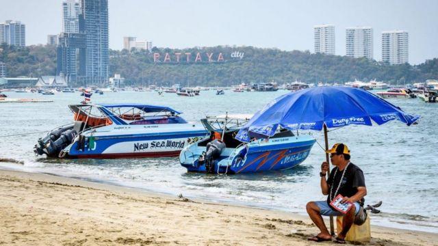 Penyewaan speedboat di Pattaya yang biasanya menjadi magnet bagi turis China, kini sepi.