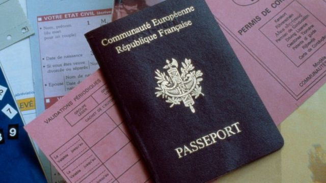 A French passport