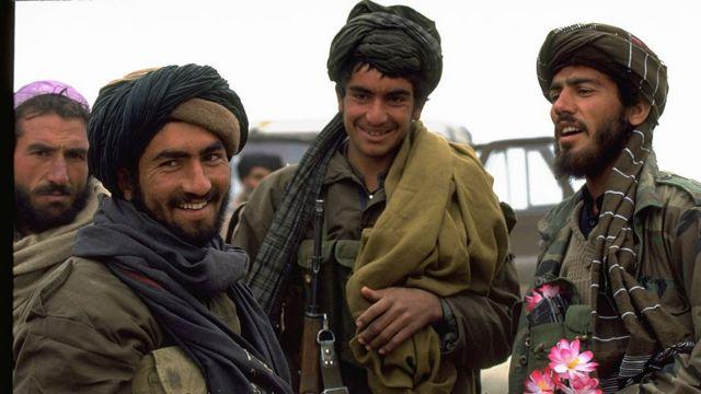 Guerreros talibanes durante la Guerra Civil de Afganistán.