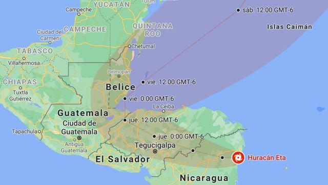 Posición y trayectoria del huracán Eta prevista por el NHC, actualizado a las 12:00 CST (GMT-6) del 3 de noviembre.