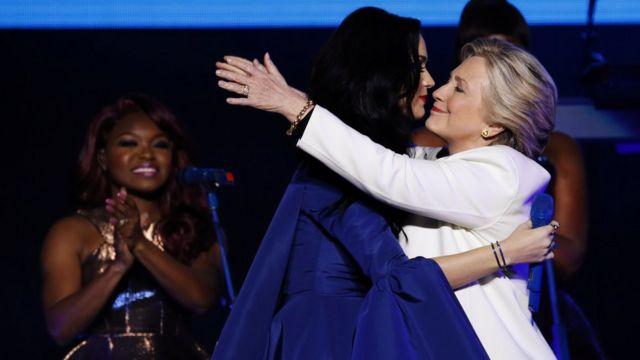 Penyanyi populer Katy Perry tampil mendukung dan yakin akan kemenangan Hillary Clinton