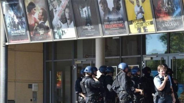 Policiais em cinema alemão
