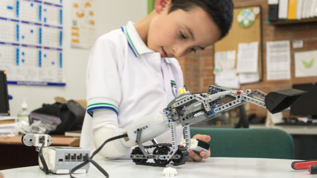 Lego prosthetic arm for children wins award at Paris show