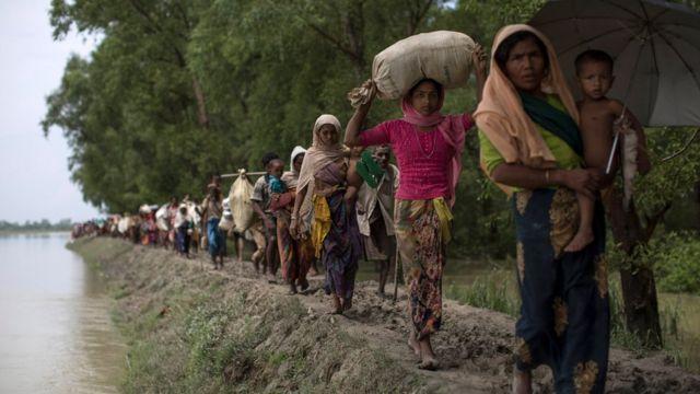 বাংলাদেশে রোহিঙ্গা শরণার্থীদের ঢল অব্যাহত রয়েছে