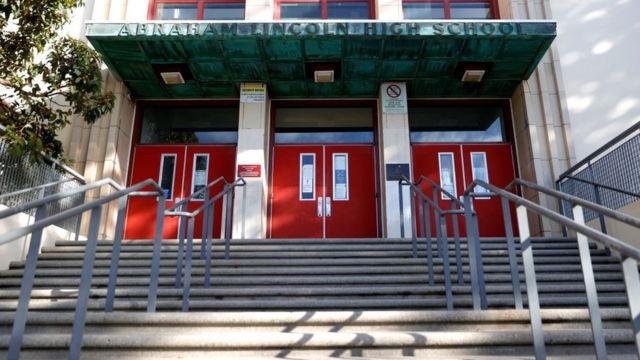 Школа імені Лінкольна в Сан-Франциско