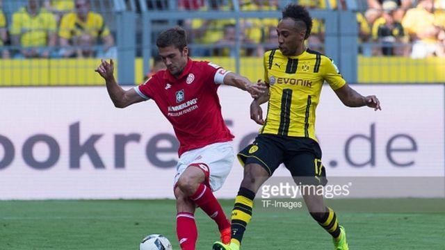 L'attaquant de Dortmund, 26 ans a bien démarré la saison en marquant deux fois contre Mayence pour la première journée de Championnat samedi dernier.