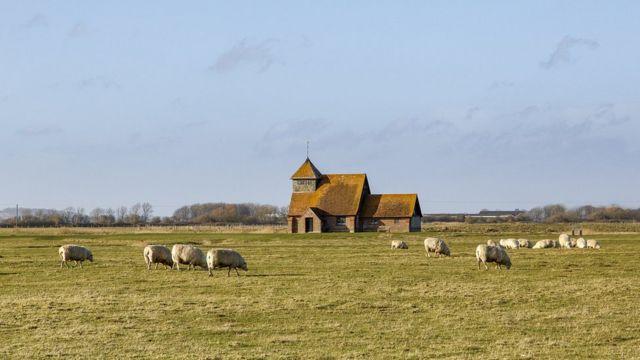 Церковь Святого мученика Томаса Бекета на болотах в графстве Кент