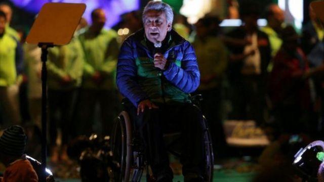 يأمل مورينو أن يخلف الرئيس المتنحي بعد عقد من قيادة الإكوادور