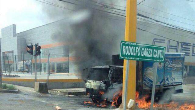 Explosión en auto de Tamaulipas.