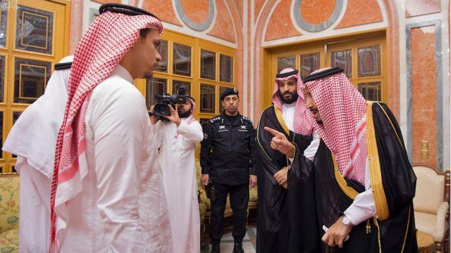 الملك سلمان وابن جمال خاشقجي