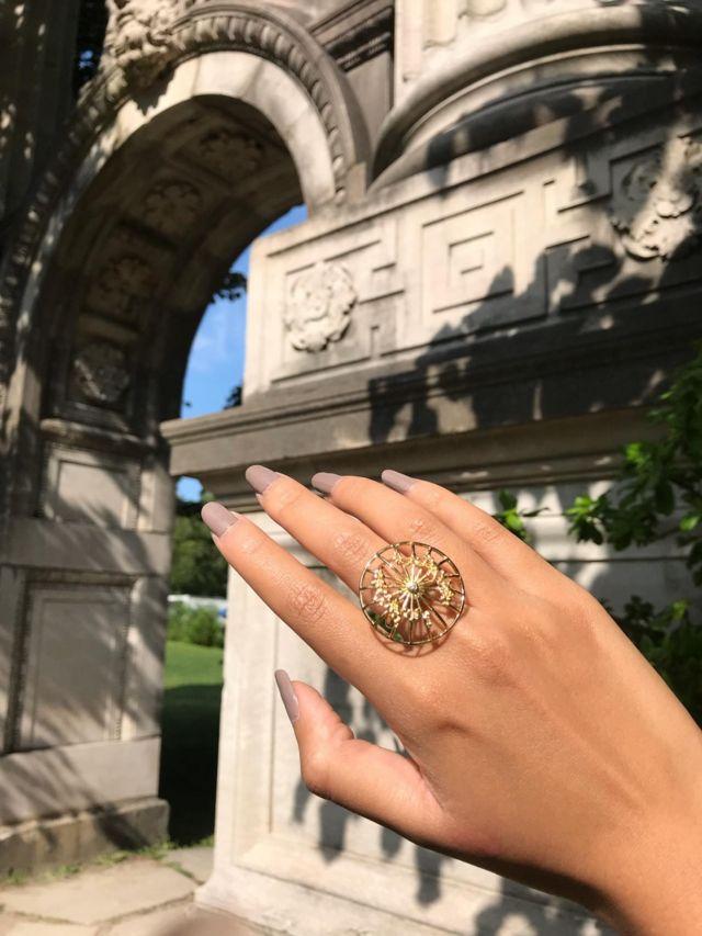 ပုသိမ်ထီးပုံ လက်စွပ်